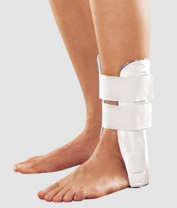 Ортез голеностопного сустава пластиковый с гелевыми подушками арт. TAN-201(G)
